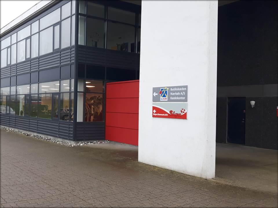 Kædekontoret er flyttet i nye lokaler